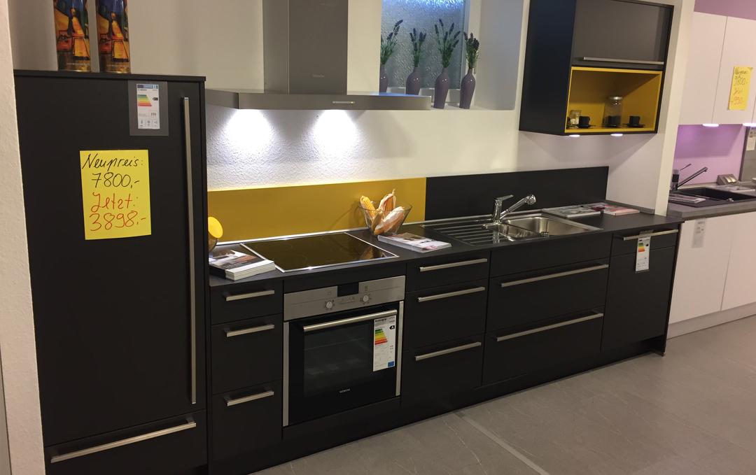 Wohnstudio A. Neuhaus + Sohn – Musterstück Küche Pia
